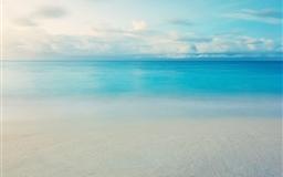 Ocean skyline
