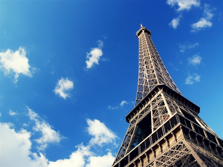 Eiffel tower paris Mac Wallpaper