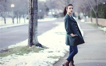 Beautiful Model Girl Fashion Winter All Mac wallpaper