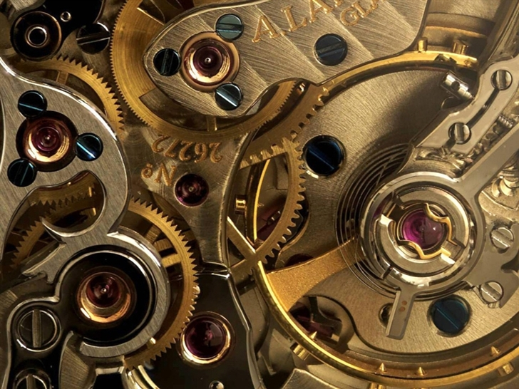 Golden Watch Gears Mac Wallpaper