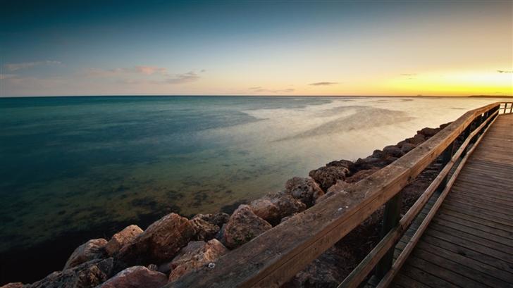 Sea and  bridge Mac Wallpaper
