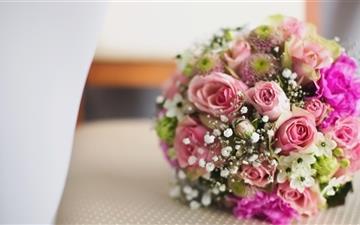 Bridal bouquet Mac wallpaper