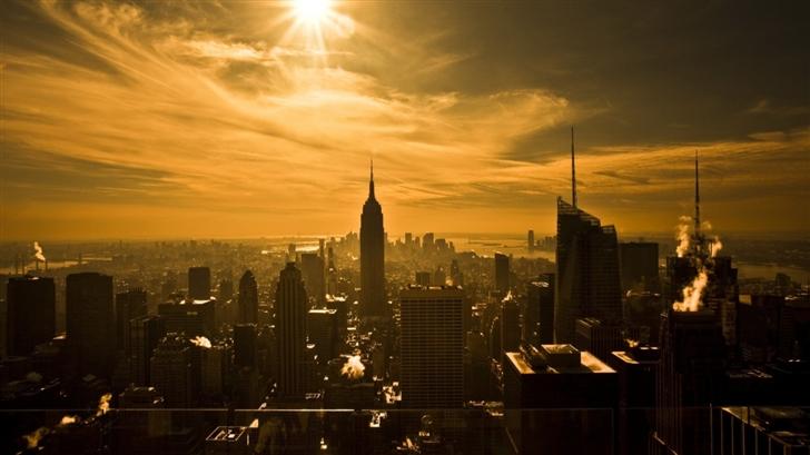 The city at dusk Mac Wallpaper