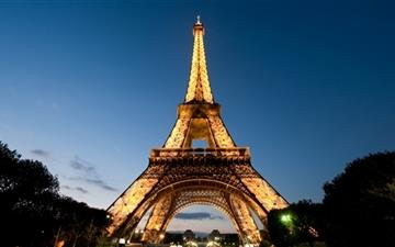 Eiffel Tower Mac wallpaper