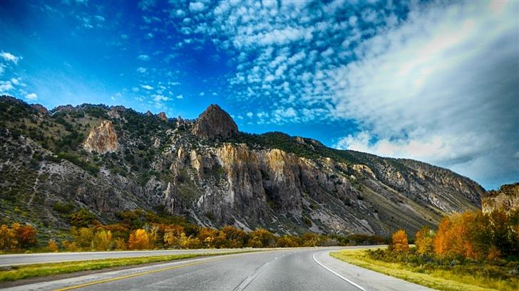 The highway Mac Wallpaper