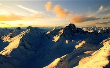 Beautiful snow mountain Mac wallpaper