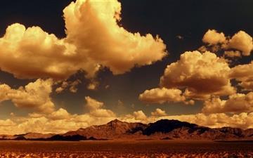 Desert Mountains panorama Mac wallpaper