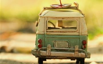 Vintage Volkswagen Toy Mac wallpaper
