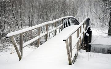 Bridge Covered In Snow Mac wallpaper