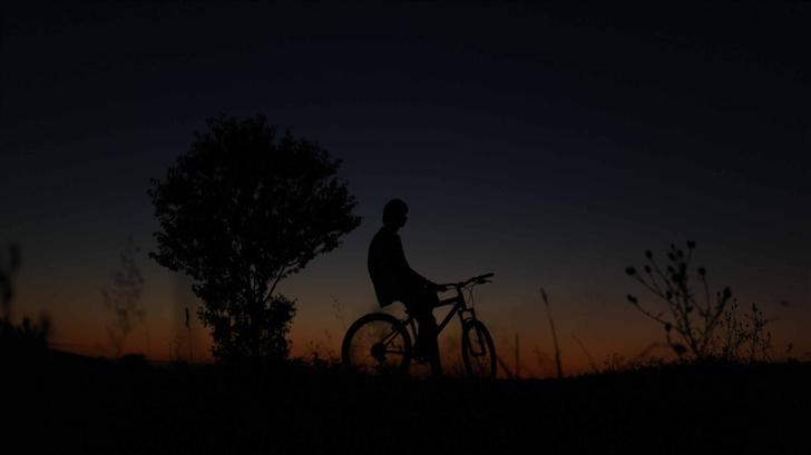 Night Biker Mac Wallpaper