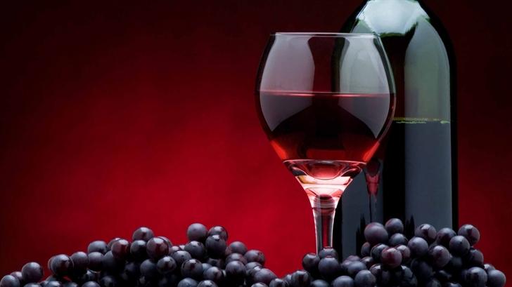 Red Wine Bottle Mac Wallpaper