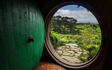 A Hobbit House  Mac wallpaper