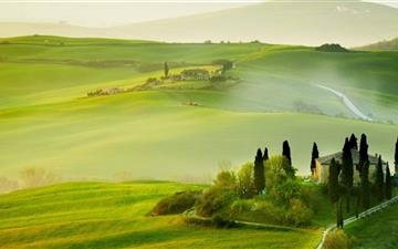 Tuscany Spring Landscape Mac wallpaper