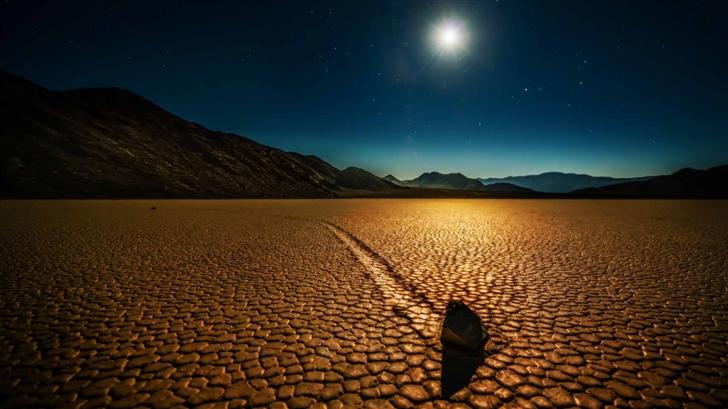 Rock In The Desert Mac Wallpaper