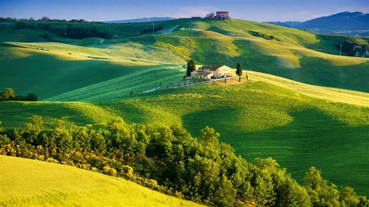 Beautiful Tuscany Landscape Mac Wallpaper