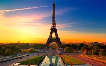 Eiffel Tower At Sunrise Mac wallpaper