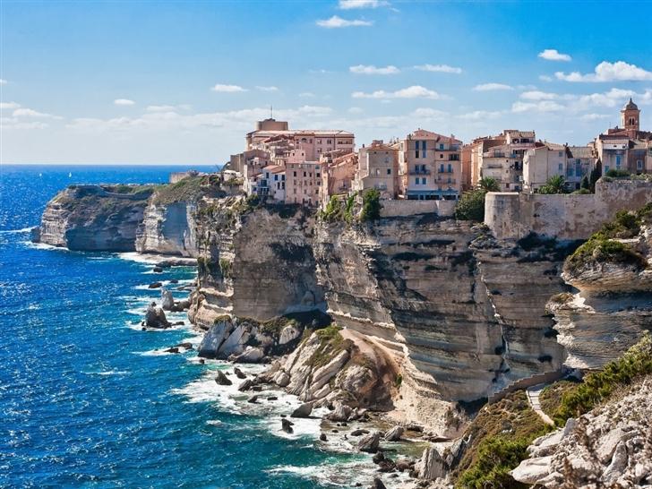 Corsica on the Rocks Mac Wallpaper