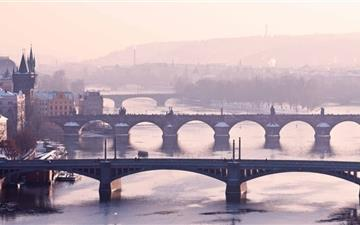 Prague Bridge All Mac wallpaper