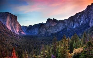 The Yosemite Valley Mac wallpaper