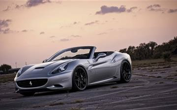Ferrari California Front Mac wallpaper