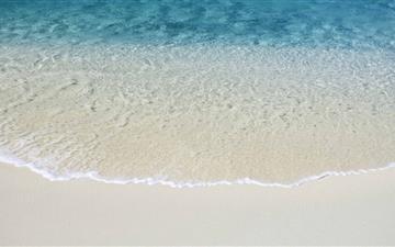 Beach Shore Wave Mac wallpaper