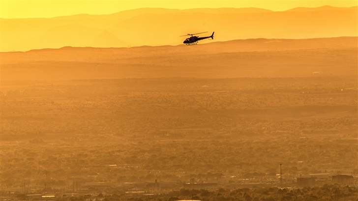 Helicopter In Fligt Mac Wallpaper