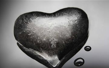 Ice Heart Mac wallpaper